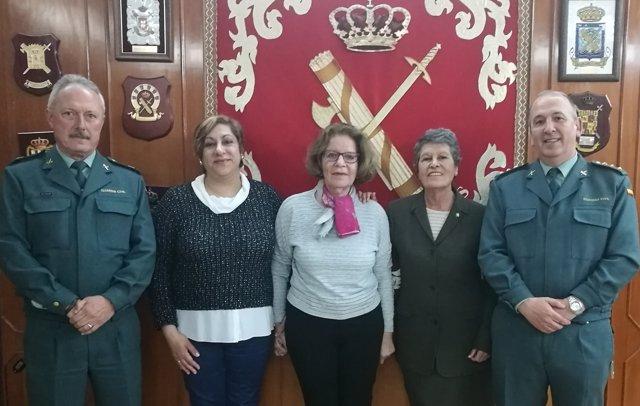 Reunión de la Guardia Civil con antiguas matronas
