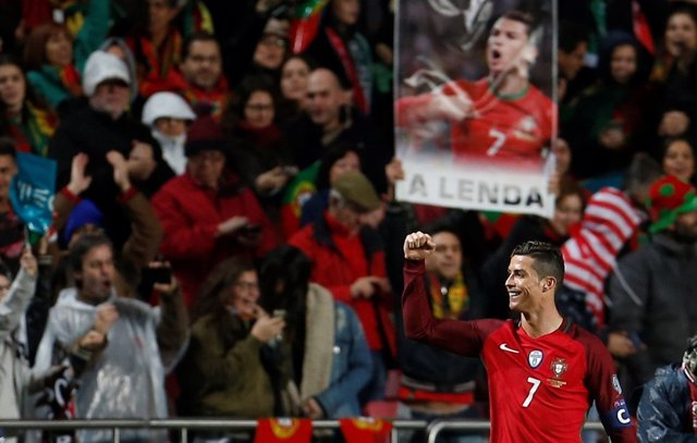 Cristiano Ronaldo celebra el triunfo de Portugal