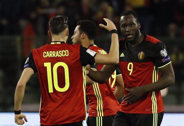 Yannick Carrasco con la selección belga de fútbol