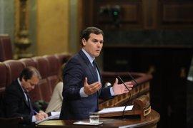 """La elección de jueces del TC, a debate en el Congreso: Ciudadanos pide acabar con el """"intercambio de cromos"""""""