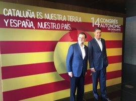 """Rajoy bendice a Albiol como """"gestor eficaz"""" que hará del PP el partido central de Catalunya"""