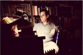 El poeta Javier Fernández, protagonista del ciclo 'Clásicos contemporáneos' en el centro cultural MVA
