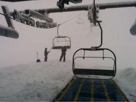 Más de 1.600 usuarios pasaron por las estaciones de esquí asturianas el fin de semana