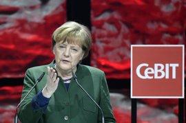 Merkel logra frenar el empuje del SPD con una victoria de la CDU en las elecciones del Sarre