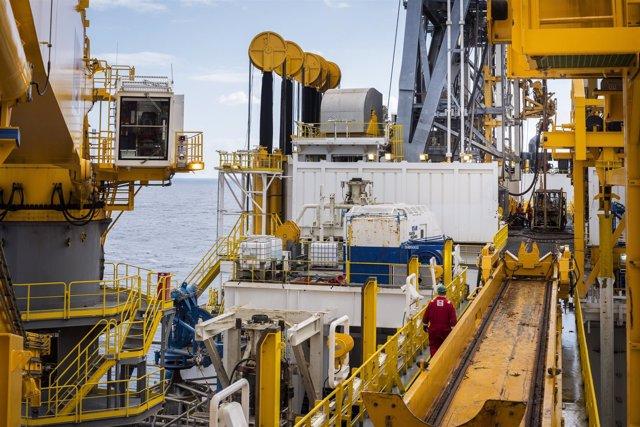 Plataforma de extracción de petroleo