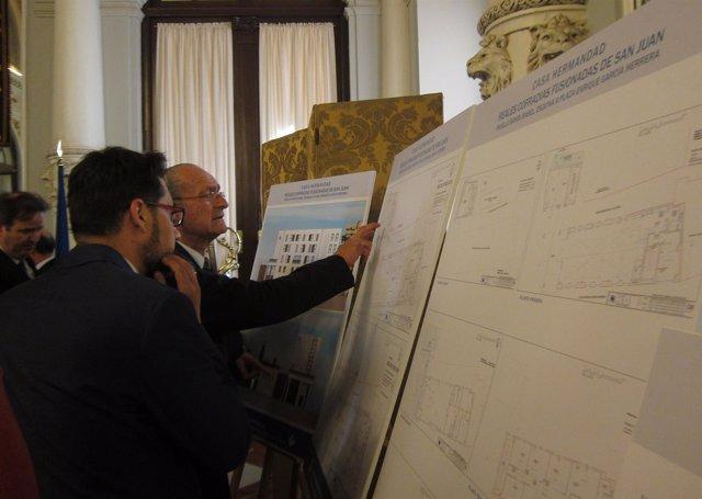 Málaga y Fusionadas firman la concesion de parcela su casa hermandad