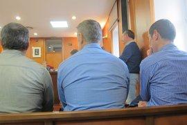 La Fiscalía retira la acusación contra tres policías por agresión a un detenido