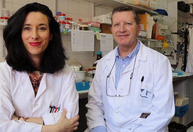 Profesor UMA Noela Rodríguez de Medicina y José Angel Aguirre grafeno investigar
