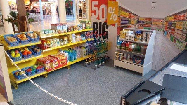 Instalaciones del supermercado de la 'Mini City' del Centro Comercial Bahía Sur.