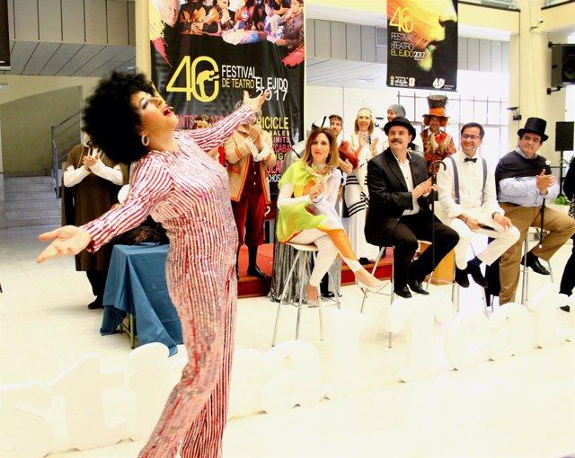 La Terremoto, en la presentación del 40º Festival de Teatro de El Ejido