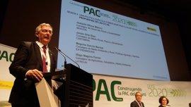 Olona propone una reforma de la PAC que compense la renta de los agricultores