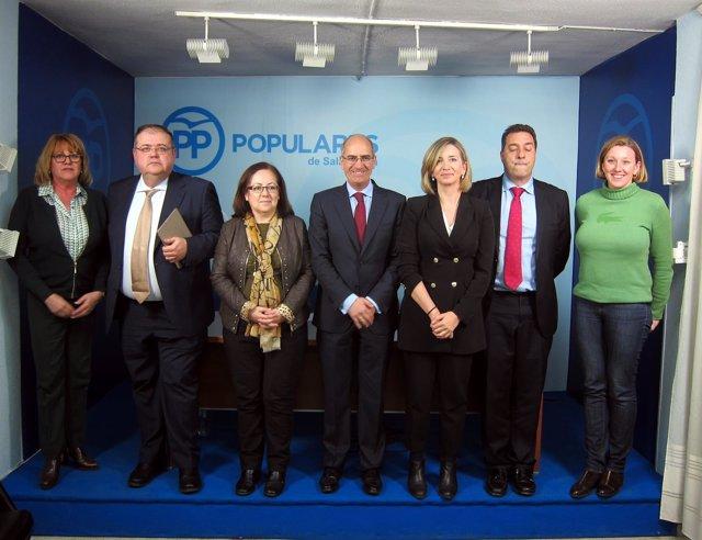Presentación de las ponencias a los compromisarios en Salamanca