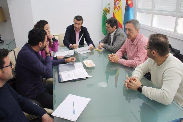 Reunión del alcalde con el comité de empresa.