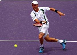 Bautista remonta a Querrey y se cita con Federer en octavos de Miami