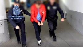 La Policía libera a una joven que había sido obligada a ejercer la prostitución durante siete años en Alicante