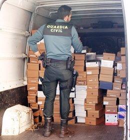 Artículos falsificaddos intervenidos en San Fernando