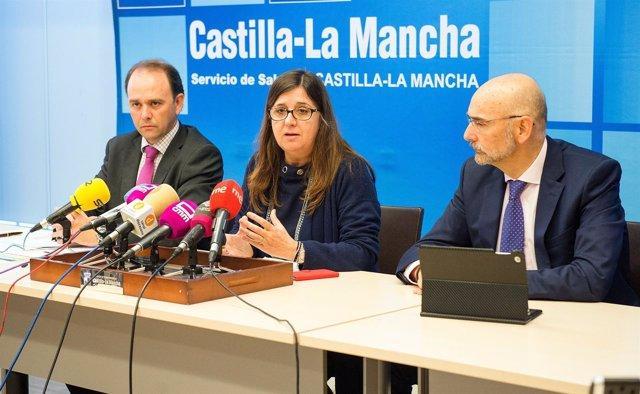 La directora del Sescam en rueda de prensa