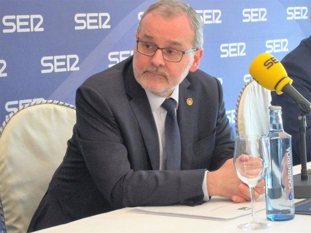 Ángel Pazos , rector Uc