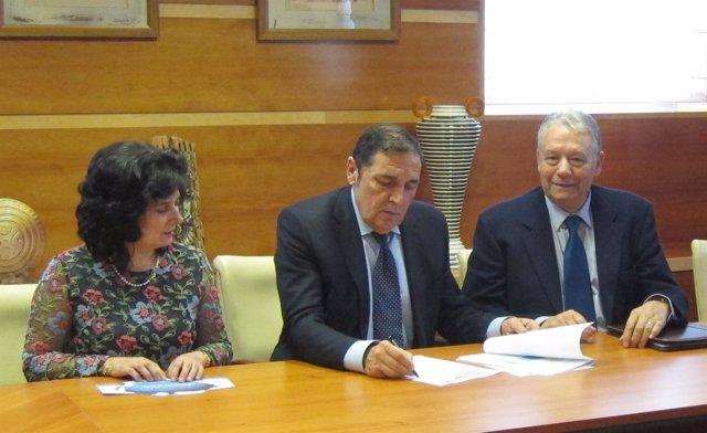 Galván (i), Sáez Aguado (c) y Fernández (d)