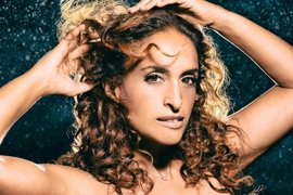 La cantante israelí Noa inicia este miércoles en el Teatro Cervantes de Málaga su gira por España