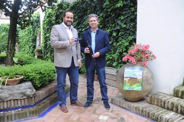 Sánchez (dcha.) y Félix durante la presentación