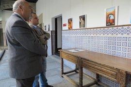 Una exposición recoge las portadas de los programas de mano de la Semana Santa de Ávila desde 1951