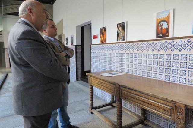 Ávila: Exposición De  Programas De Mano Semana Santa