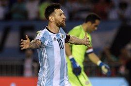 """Messi, sancionado cuatro partidos con Argentina por """"pronunciar palabras injuriosas"""""""