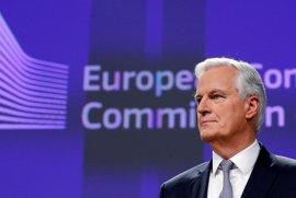 """El jefe negociador de la UE subraya que el bloque será """"firme"""" en la defensa de derechos de los europeos"""