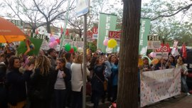 Concentraciones en delegaciones de Educación y casi 67.000 firmas recogidas contra el decreto andaluz de guarderías