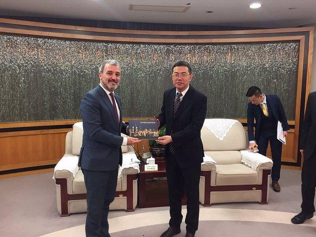 Jaume Collboni y el teniente alcale de Shenzhen, Ai Xuefeng