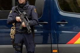 """Policías y guardias civiles ven una """"ocurrencia"""" y """"frivolidad"""" que Podemos pida suprimir el delito de enaltecimiento"""
