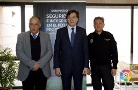 Lete y Tebas clausuran el VII Seminario Nacional de Seguridad e Integridad en el fútbol profesional