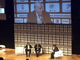 """Del Bosque: """"El Barça necesita entrenadores frescos con entusiasmo"""""""
