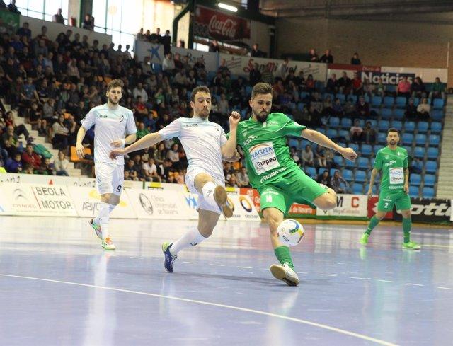 Magna Gurpea ante Santiago Futsal en LNFS