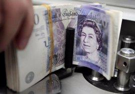 La libra cotiza a la baja ante la activación del 'Brexit'