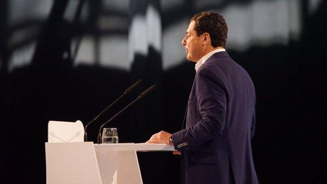 El presidente del PP-A, Juanma Moreno, en el Congreso del PP-A