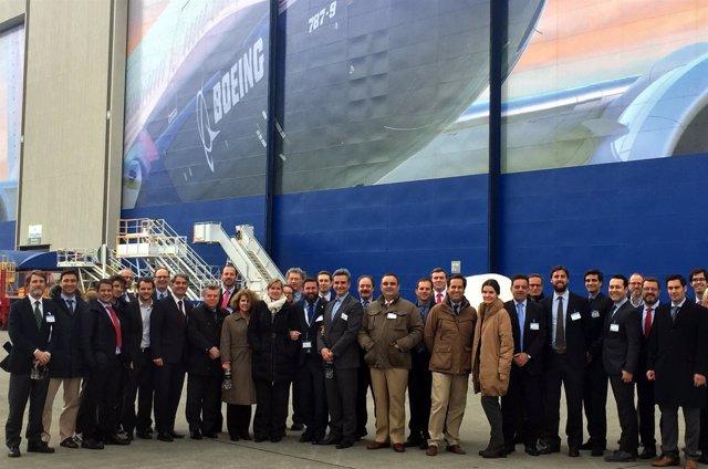 Empresas andaluzas y Extenda visitan la fábrica de Boeing