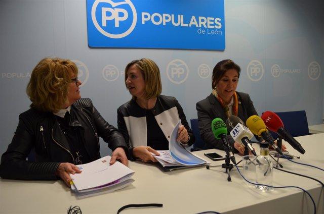 Mar González, Alicia García y Ana Rosa Sopeña