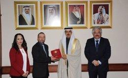 Premio Entregado en Bahrein al vicerrector de UNIR Daniel Burgos