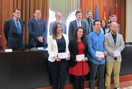Hospital Mesa del Castillo y Becas Fertilidad Roca premian a los cuatro mejores estudiantes del máster en Salud Pública