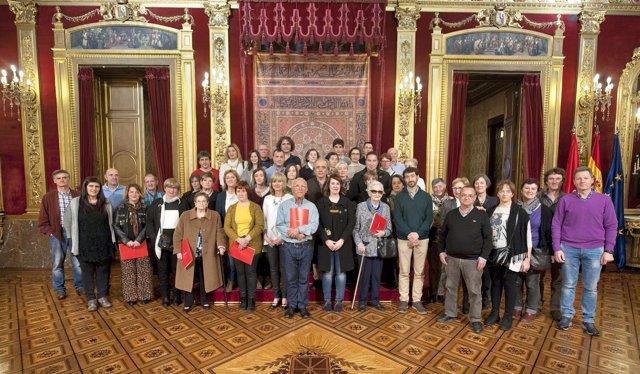 Ollo con familiares de víctimas de la represión franquista exhumadas