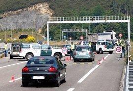La Guardia Civil detiene a una mujer con un kilo de cocaína en su coche en un control de carretera