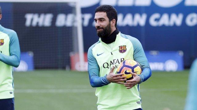 Arda Turan entrenamiento Barcelona