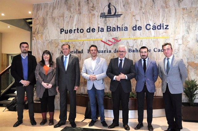 La Junta se incorpora al proceso de integración del puerto de Cádiz en la ciudad