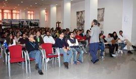 Valdecilla presenta su oferta a cerca de 120 futuros residentes