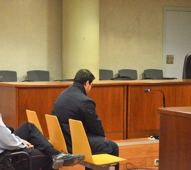 Alejandro R.V. En el juicio en el que se le acusaba de apuñalar a 5 personas