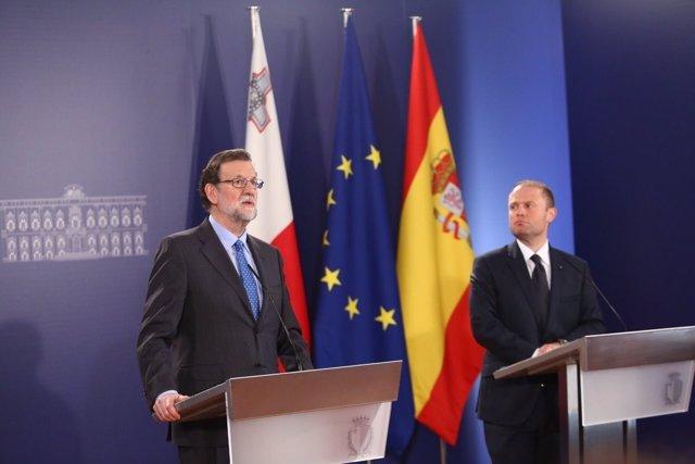 Mariano Rajoy y Joseph Muscat en rueda de prensa