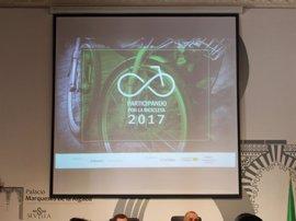 """Unas jornadas debaten medidas para impulsar un """"nuevo despegue"""" de la bici ante el estancamiento de su uso"""