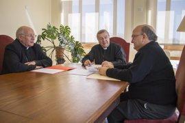 Los tres obispos de Baleares se reúnen por primera vez en Palma